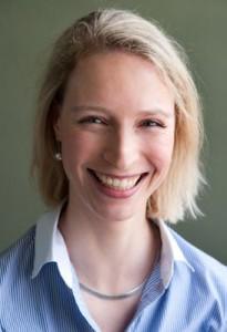 Dr. Elisabeth Flum